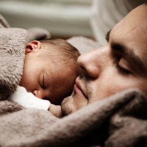 Zdrowy bobas Handling Przyjazna pielęgnacja niemowląt